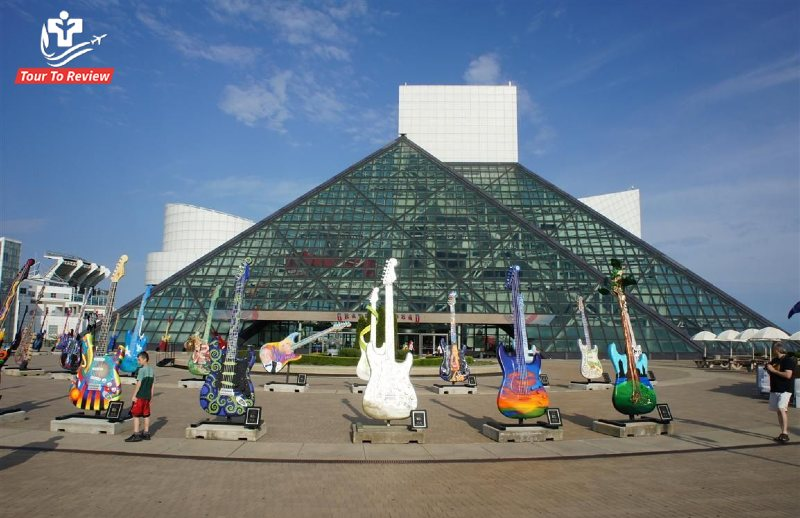 Wander in Rock & Roll Hall of Fame